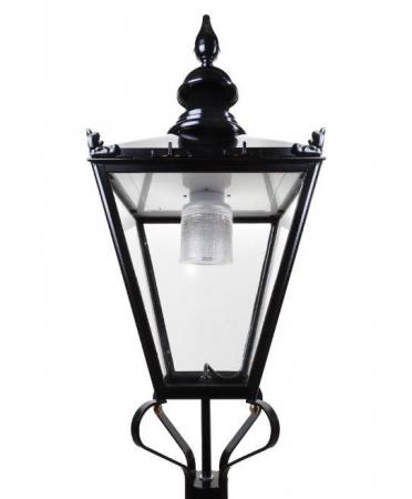 Residential street lantern